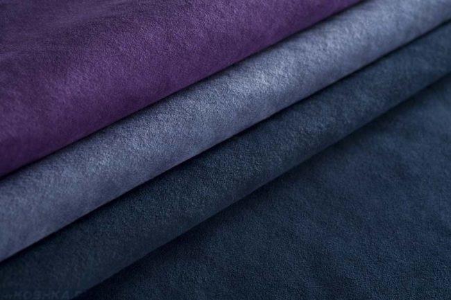 Четыре цвета ткани искусственной замши