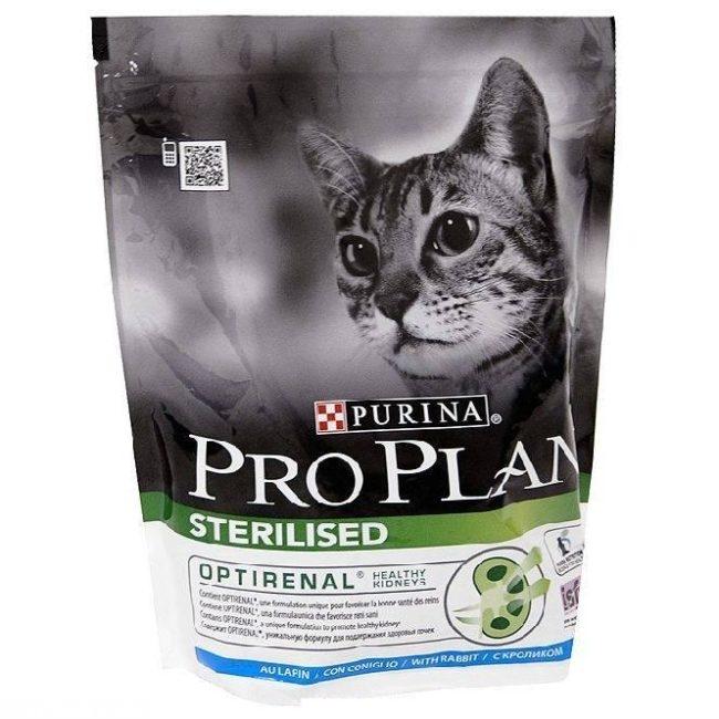Пакет с кормом Пурина Проплан для кошек
