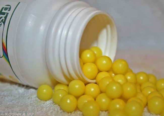 Аскорбиновая кислота жёлтого цвета
